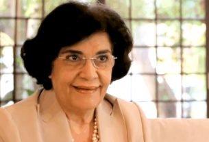 A filósofa Marilena Chaui preocupa-se com os destinos da democracia brasileira