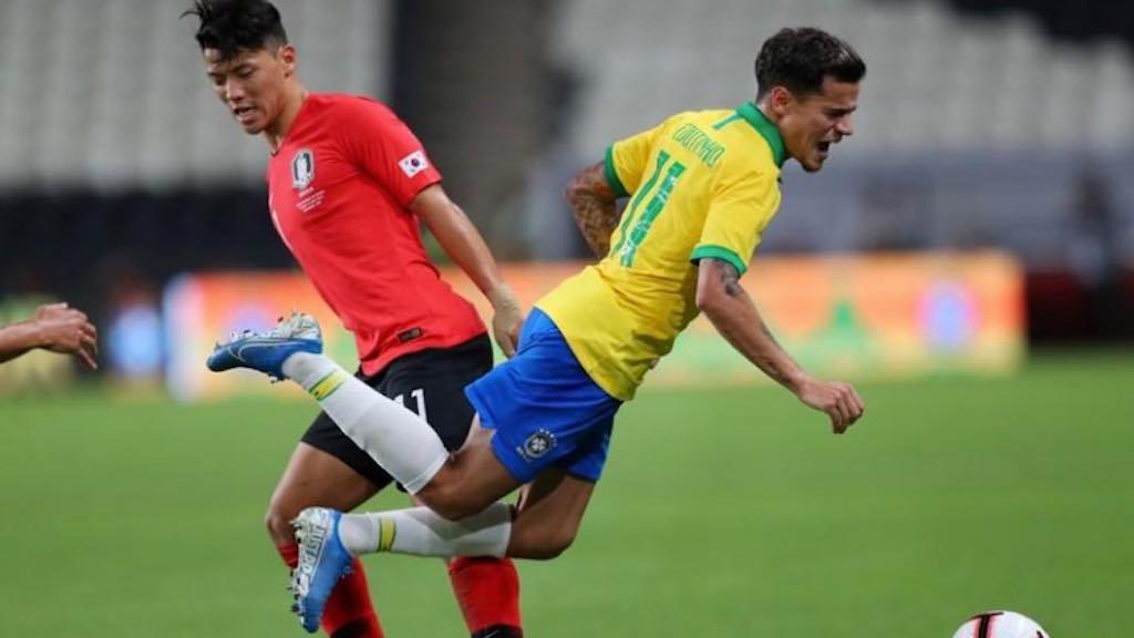 Philippe Coutinho leva falta de Hee-Chan Hwang durante amistoso Brasil e Coreia do Sul