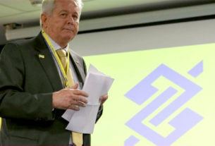 Presidente do BB, Novaes já defendeu, publicamente, a venda do banco para os norte-americanos