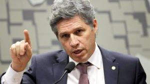 Paulo Teixeira (PT-SP) passa a defender o impeachment de Jair Bolsonaro (sem partido)