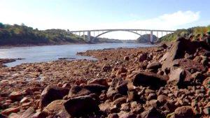 A seca no Rio Paraná deixou vários pontos sem qualquer condição de navegabilidade