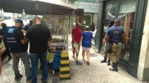 Blitz da Vida fiscaliza salão de cabeleireiro na Tijuca