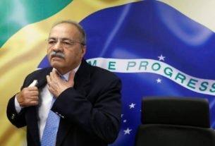 Senador Chico Rodrigues durante reunião com deputado federal Eduardo Bolsonaro em Brasília