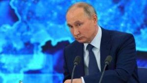 Presidente da Rússia, Vladimir Putin, durante entrevista coletiva de final de ano nos arredores de Moscou